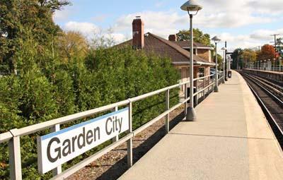 Garden City. Hempstead Branch   Fare Zone 4