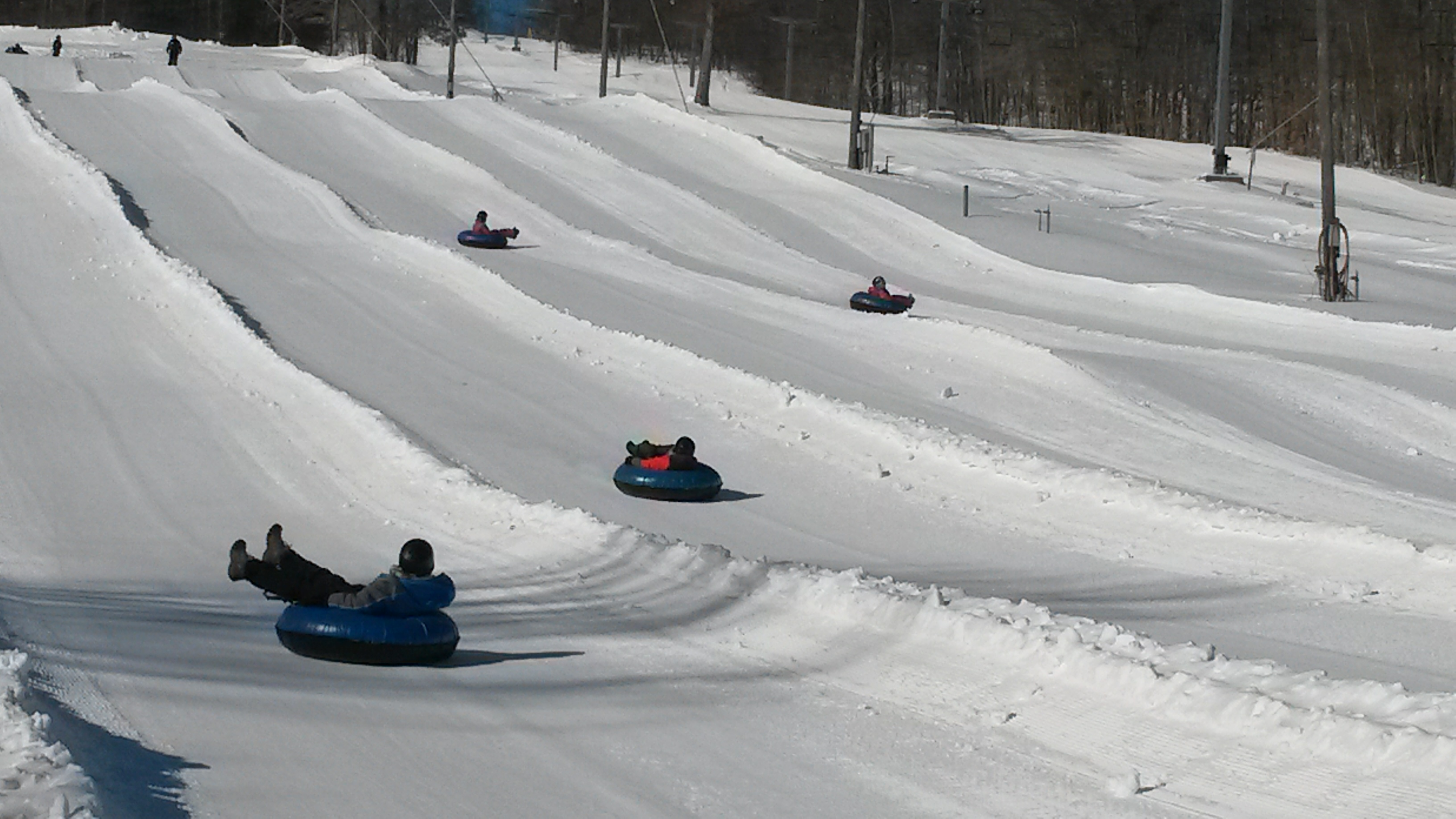 Snow tubing in woodbury ct